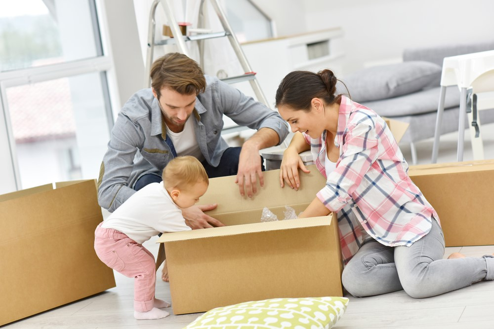 Which are the most important formalities you need to take care of when moving to a new house in Spain?